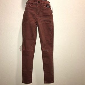 Maroon 00R High waited destroyed Aeropostale jeans
